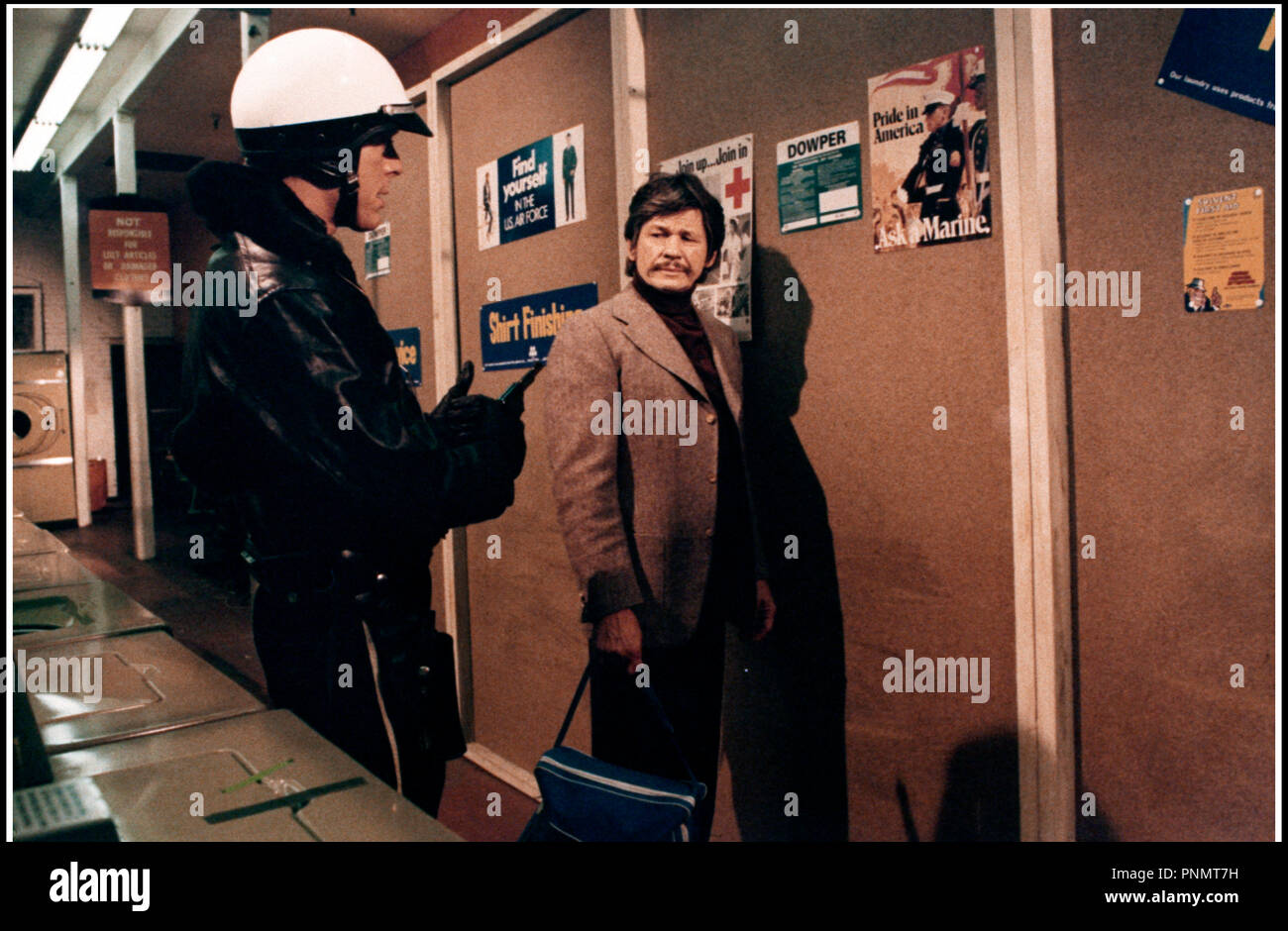 Prod DB © Warner Bros. / DR MONSIEUR SAINT-IVES (ST. IVES) de J. Lee Thompson 1976 USA avec Charles Bronson d'apres le roman de Ross Thomas - Stock Image