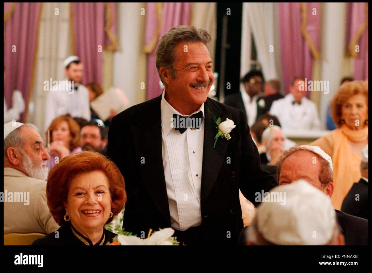 Prod DB © Serendipity Point Films - Fandango / DR LE MONDE DE BARNEY (BARNEY'S VERSION) de Richard J. Lewis 2011 CAN./ITA. avec Dustin Hoffman mariage juif d'apres le roman de Mordecai Richler - Stock Image