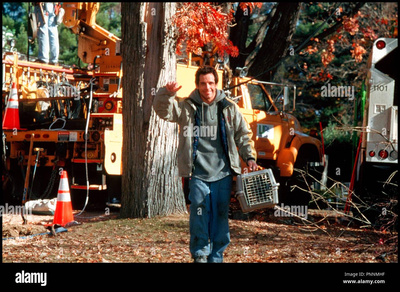 Prod DB © Universal / DR MON BEAU-PERE ET MOI (MEET THE PARENTS) de Jay Roach 2000 USA avec Ben Stiller heros, boite a chat - Stock Image