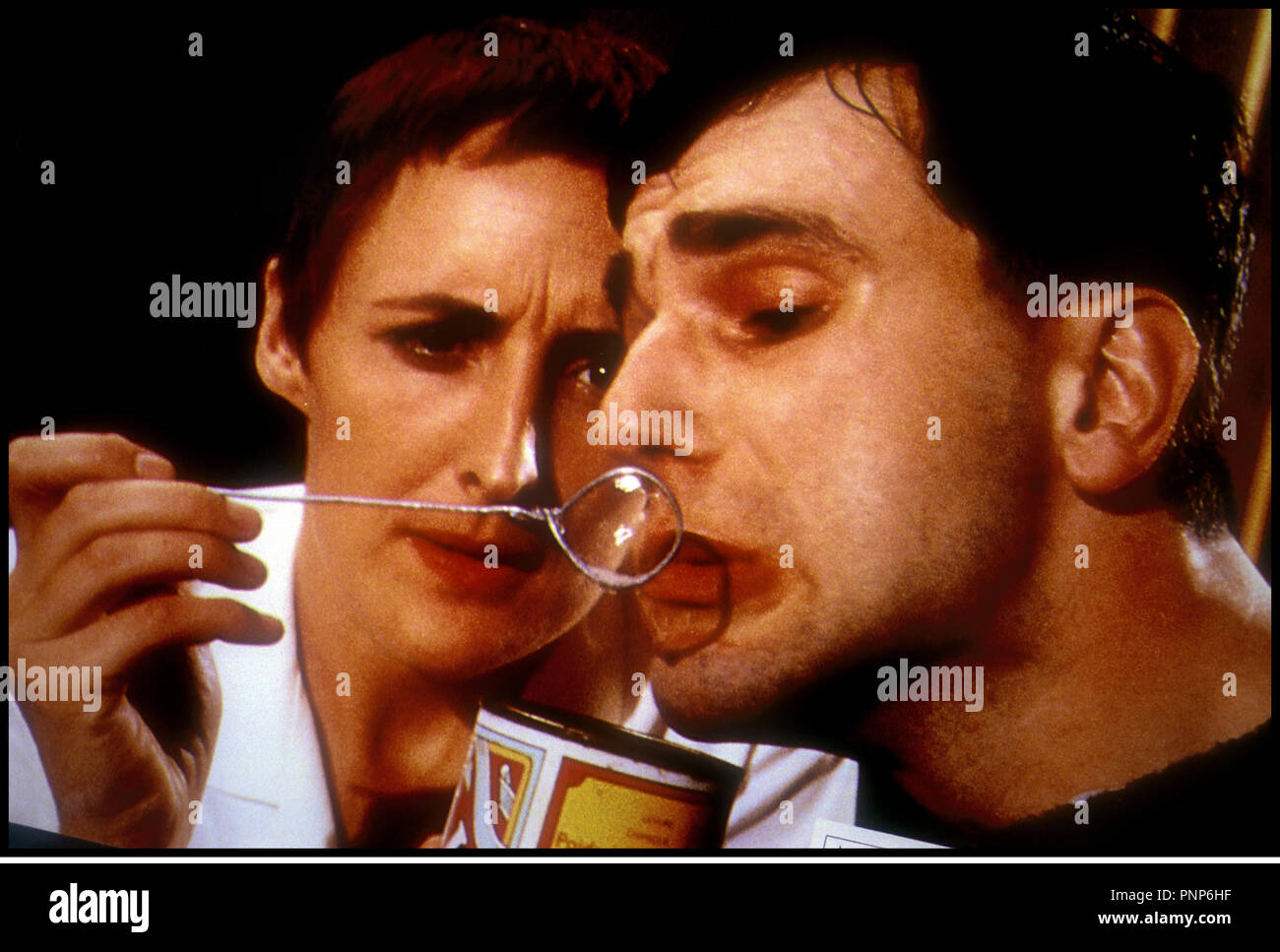 Prod DB © Ferndale - Granada / DR MY LEFT FOOT (MY LEFT FOOT) de Jim Sheridan 1989 GB / IRL avec Daniel Day-Lewis  d'aprs le roman de Christy Brown - Stock Image