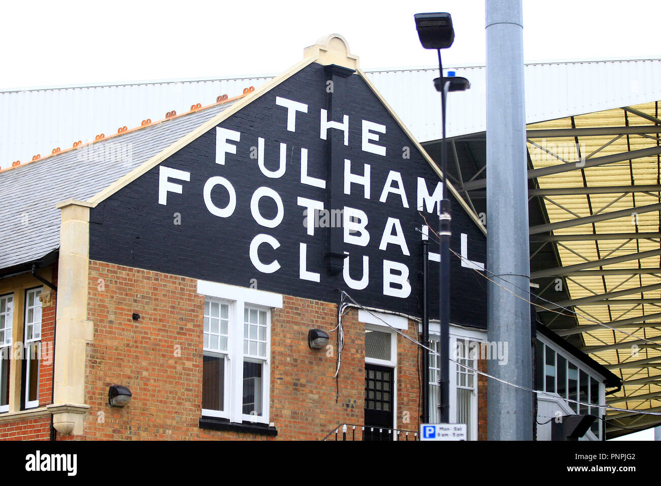 London, UK. 22nd September 2018. a General view outside the  Craven Cottage ground prior to kick off. Premier League match, Fulham v Watford at Craven Cottage in London on Saturday 22nd September 2018.  this image may only be used for Editorial purposes. Editorial use only, license required for commercial use. No use in betting, games or a single club/league/player publications. pic by Steffan Bowen/Andrew Orchard sports photography/Alamy Live news - Stock Image
