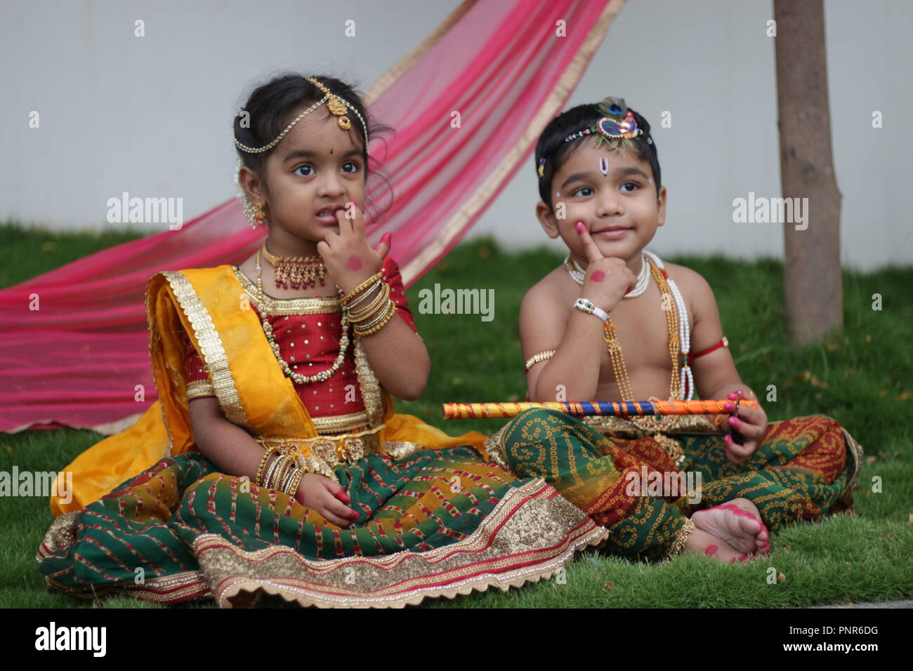 Radha Krishna Stock Photos & Radha Krishna Stock Images - Alamy