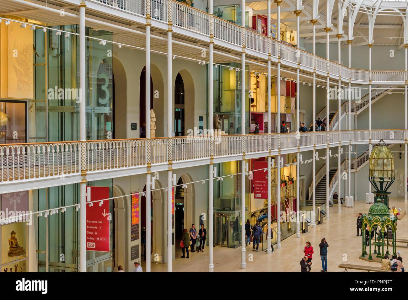 EDINBURGH SCOTLAND NATIONAL MUSEUM OF SCOTLAND INTERIOR WITH TWO BALCONIES - Stock Image