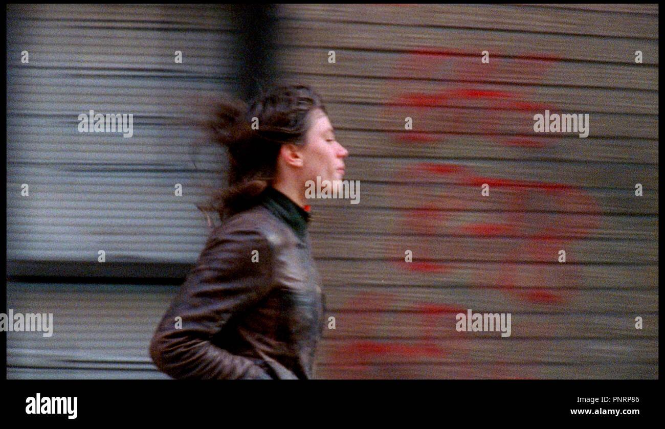 Prod DB © Red Bucket Films / DR THE PLEASURE OF BEING ROBBED de Joshua Safdie 2009 USA avec Eleonore Hendricks courir, se sauver sous titre: Le plaisir d'etre volé - Stock Image