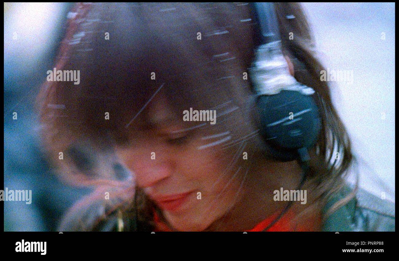 Prod DB © Red Bucket Films / DR THE PLEASURE OF BEING ROBBED de Joshua Safdie 2009 USA avec Eleonore Hendricks casque audio sous titre: Le plaisir d'etre volé - Stock Image