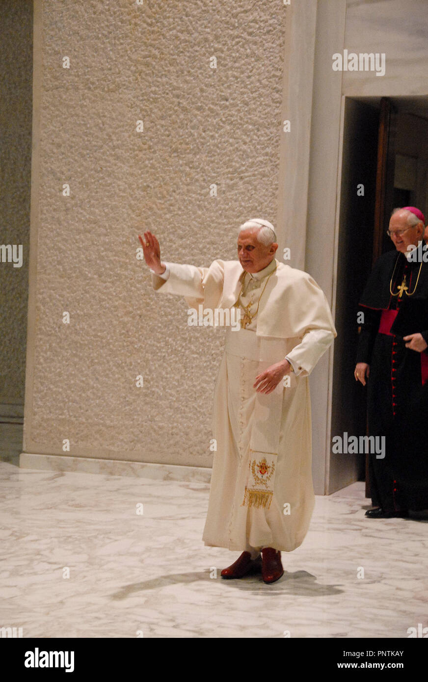 Vatican City 5/12/2007 Hall Paolo VI -General audience Pope Bendict XVI - Stock Image