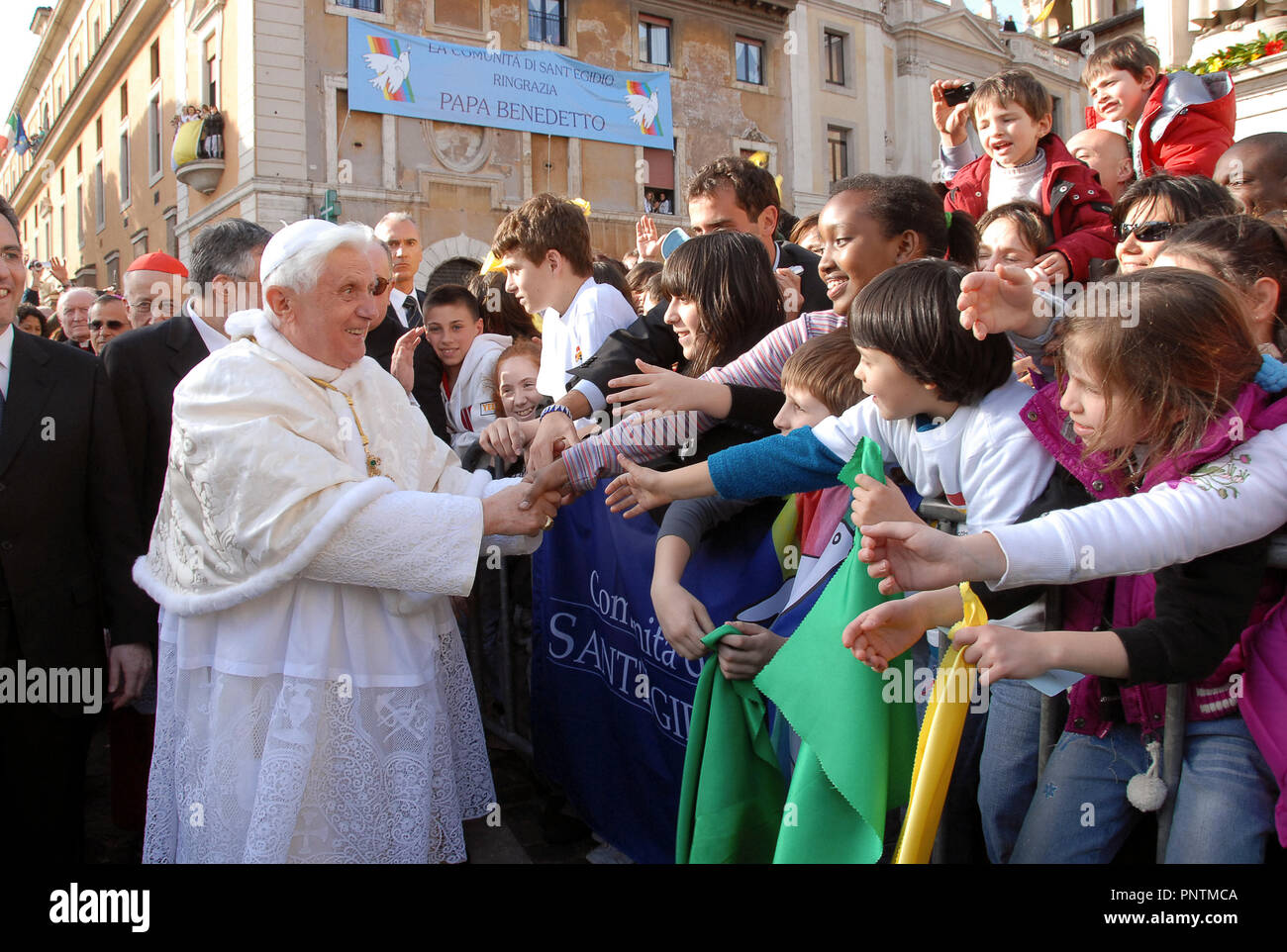 Pope Benedict XVi 07/04/2008 -The visit of Pope Benedict XVI to San Bartolomeo all'Isola for the 40th anniversary of the Community of Sant'Egidio - Stock Image