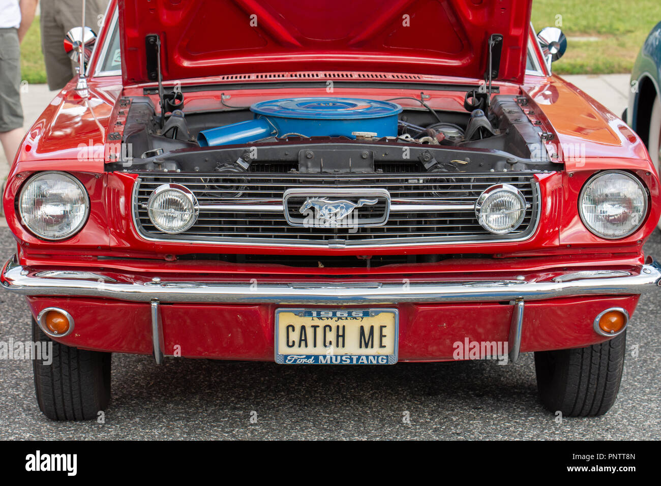 SEPTEMBER 21, 2018, INVERNESS, FL: Vintage cars, trucks, imports, domestics, and their owners and guests assemble in Old Courthouse Square for Friday - Stock Image