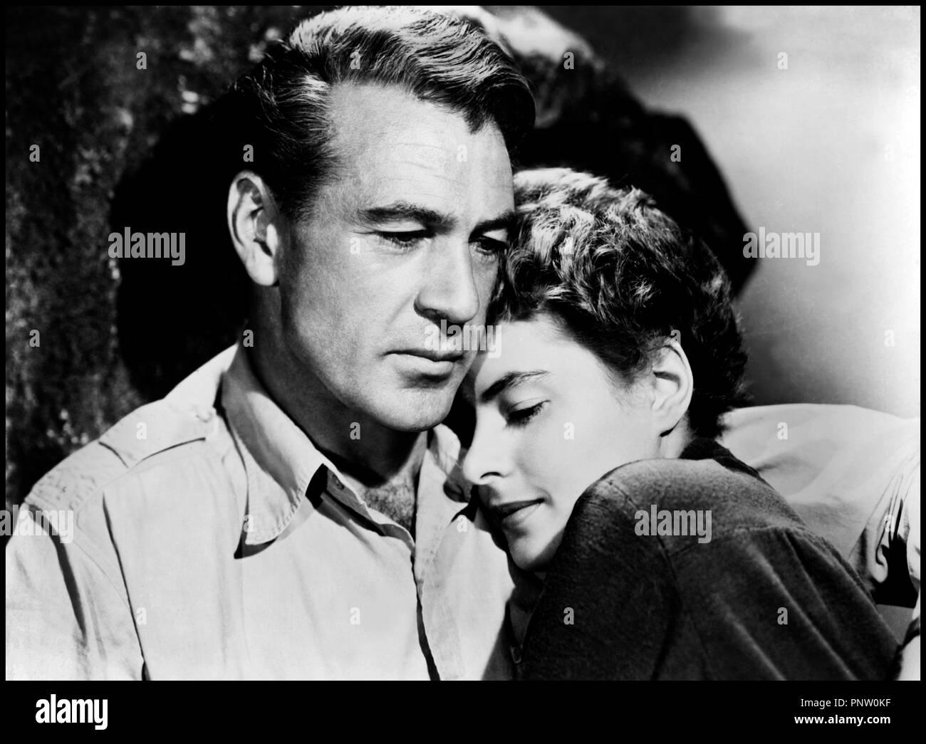 Prod DB © Paramount Pictures / DR POUR QUI SONNE LE GLAS (FOR WHOM THE BELL TOLLS) de Sam Wood 1942 USA avec Gary Cooper et Ingrid Bergman couple, passion, tendresse d'apres le roman de Ernest Hemingway - Stock Image