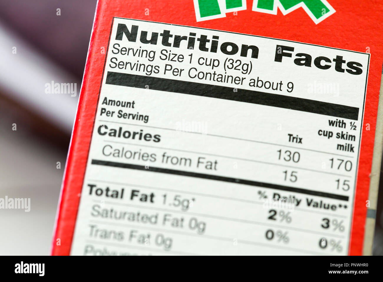 Nutrition facts label (nutrition information) on cereal box - USA - Stock Image