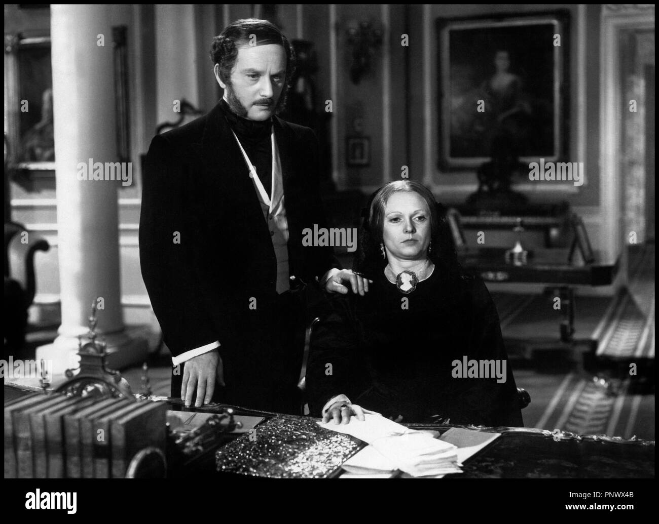Prod DB © Imperator Film / DR LA REINE VICTORIA (VICTORIA THE GREAT) de Herbert Wilcox 1937 GB avec Anton Walbrook et Anna Neagle - Stock Image
