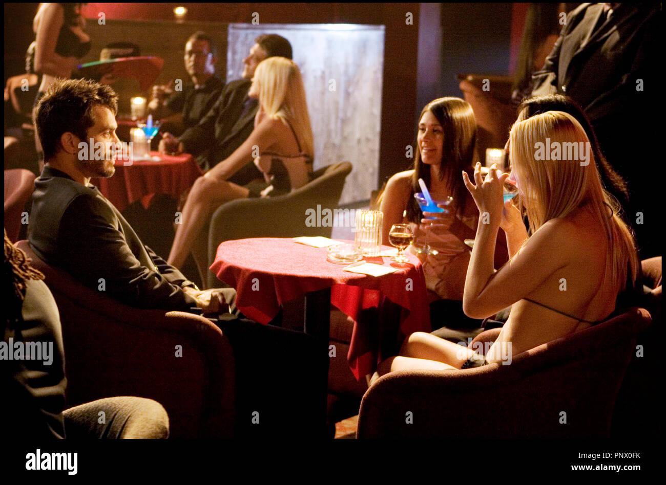 Prod DB © Tomorrow Film Corporation / DR ROAD HOUSE 2 (ROAD HOUSE 2 : LAST CALL) de Scott Ziehl 2006 USA avec Johnathon Schaech  sequelle, suite, bar, séduire, séduction, prendre un verre, cocktail, bimbo - Stock Image