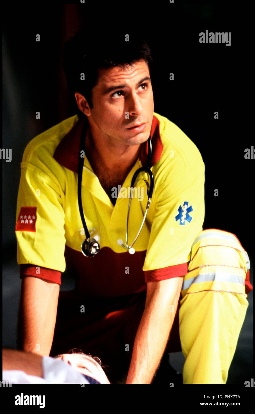 Prod DB © Sogefilms / DR REINAS (REINAS) de Manuel Gomez Pereira 2005 ESP avec Hugo Silva portrait, sauveteur, SAMU, infirmier, stethoscope - Stock Image