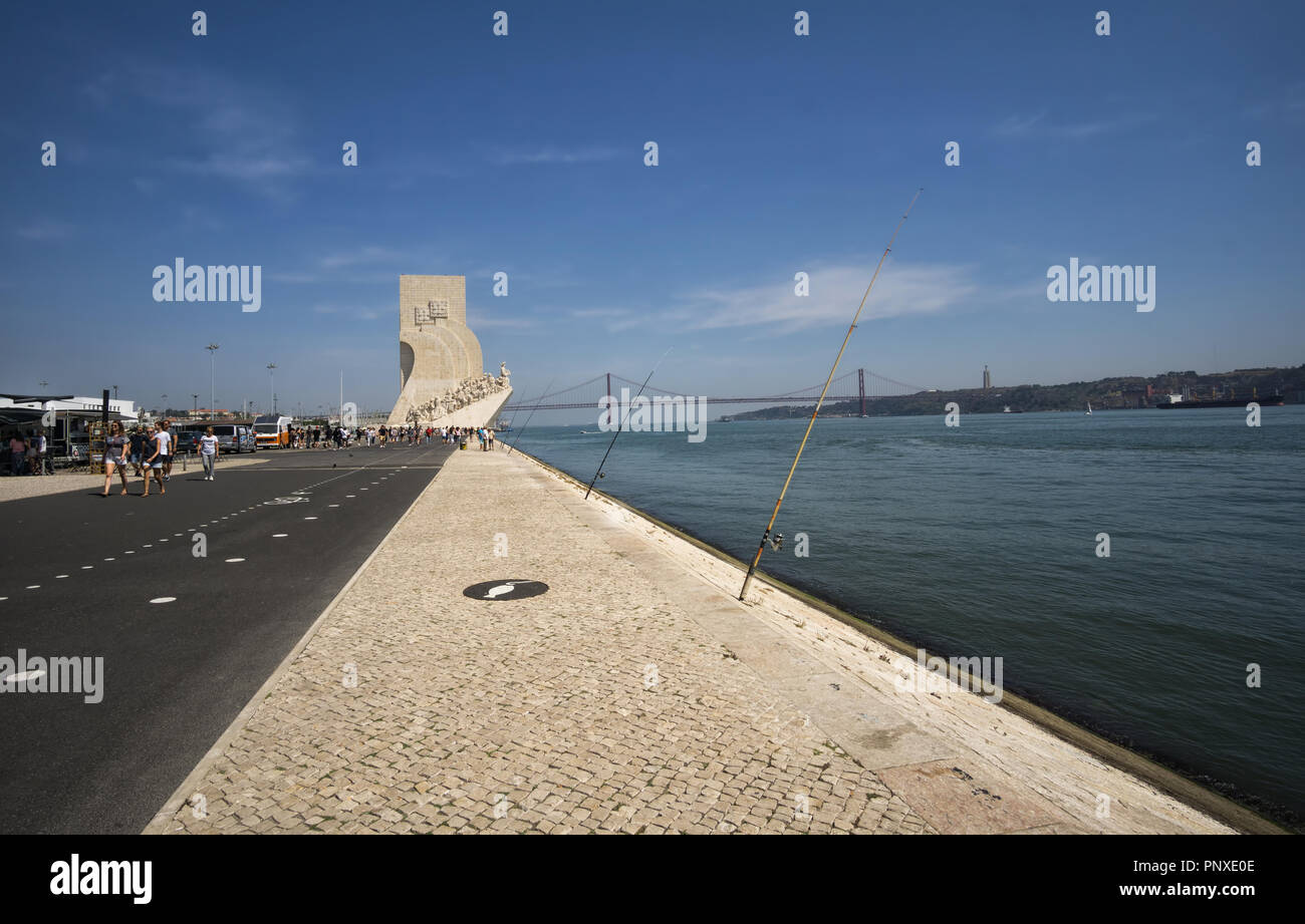 LISBON, PORTUGAL - August 30, 2018: Boulevard on the Tagus River, Monument to the Discoveries (Padrao dos Descobrimentos) with view on 25th of April B - Stock Image