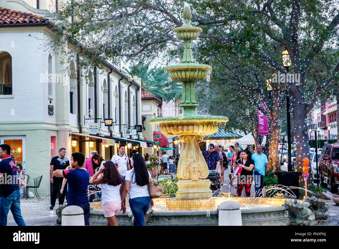West Palm Beach Florida CityPlace shopping plaza fountain - Stock Image