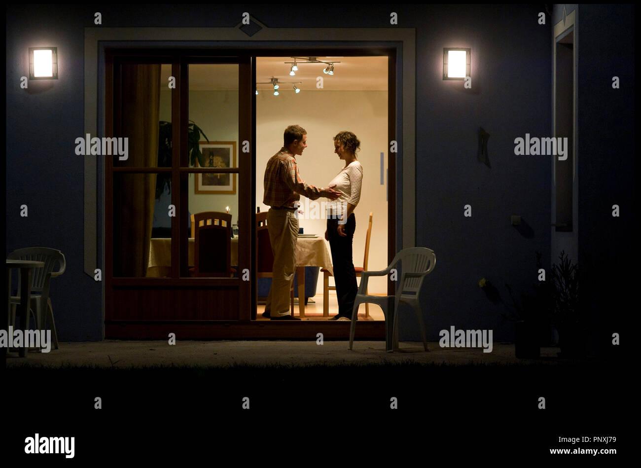Prod DB © Prisma Film - Spielmannfilm / DR REVANCHE de Gotz Spielmann 2008 ALL. avec Andreas Lust et Ursula Strauss couple, discussion - Stock Image