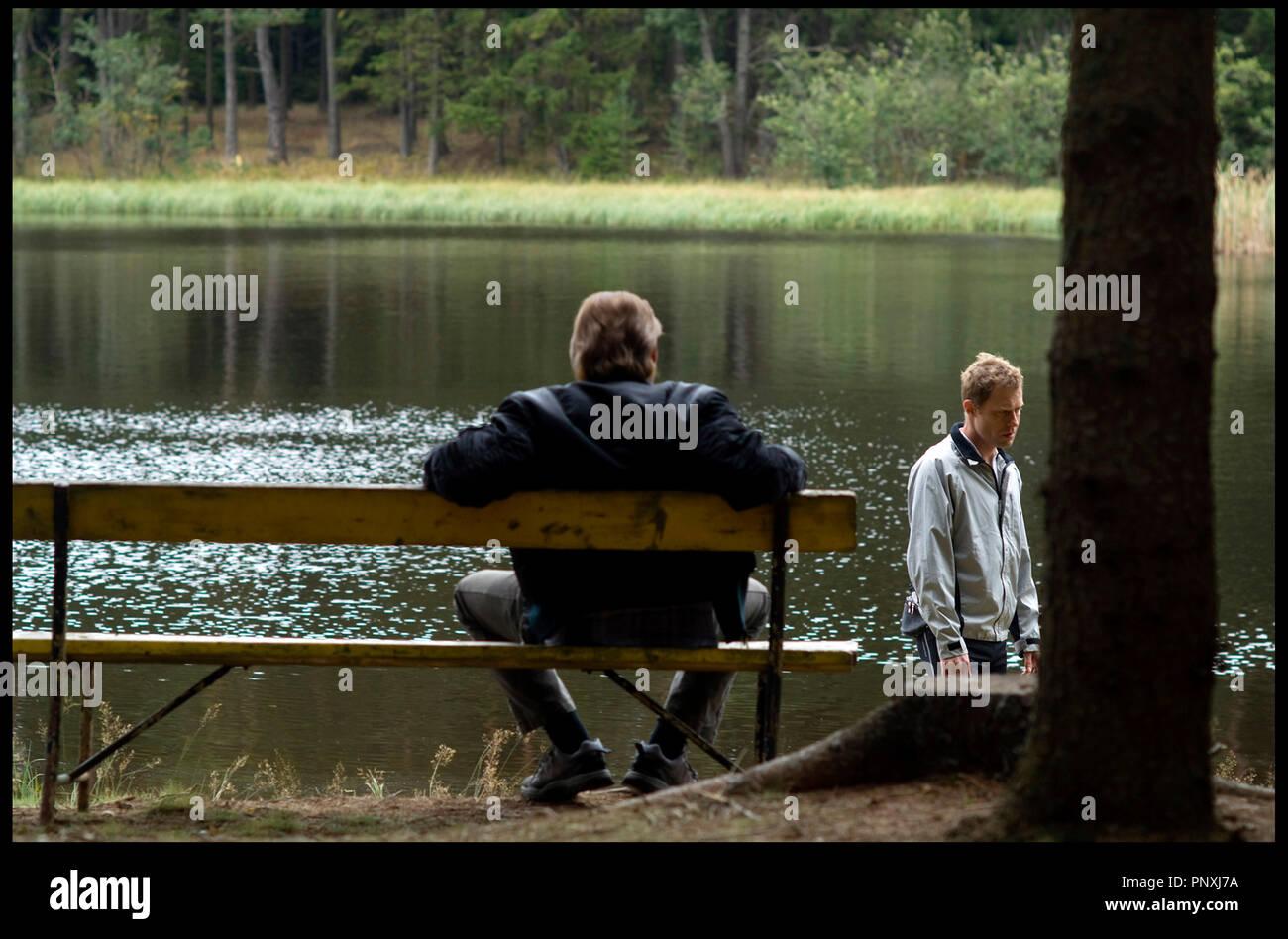 Prod DB © Prisma Film - Spielmannfilm / DR REVANCHE de Gotz Spielmann 2008 ALL. avec Johannes Krisch et Andreas Lust foret, lac, jardin public, banc public - Stock Image