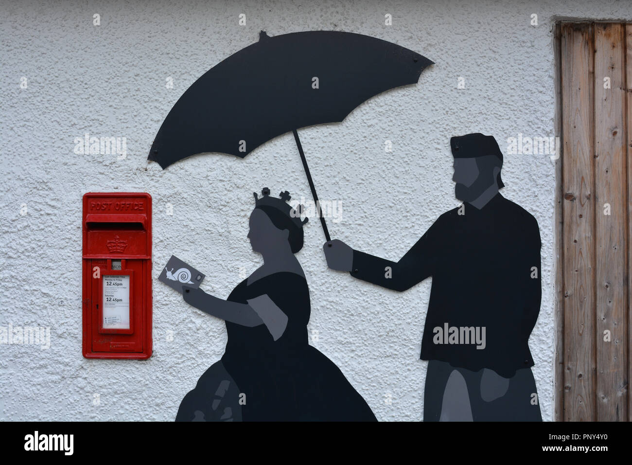 Royal Mail postbox and depiction of snail mail and the Queen and companion, The Visitor Centre and Cafe at Queen's View, Pitlochry, Scotland - Stock Image