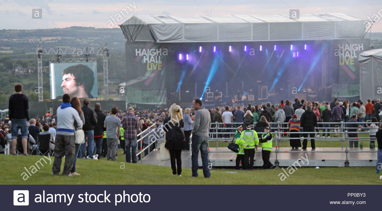 The Courteeners perform in Wigan - Stock Image