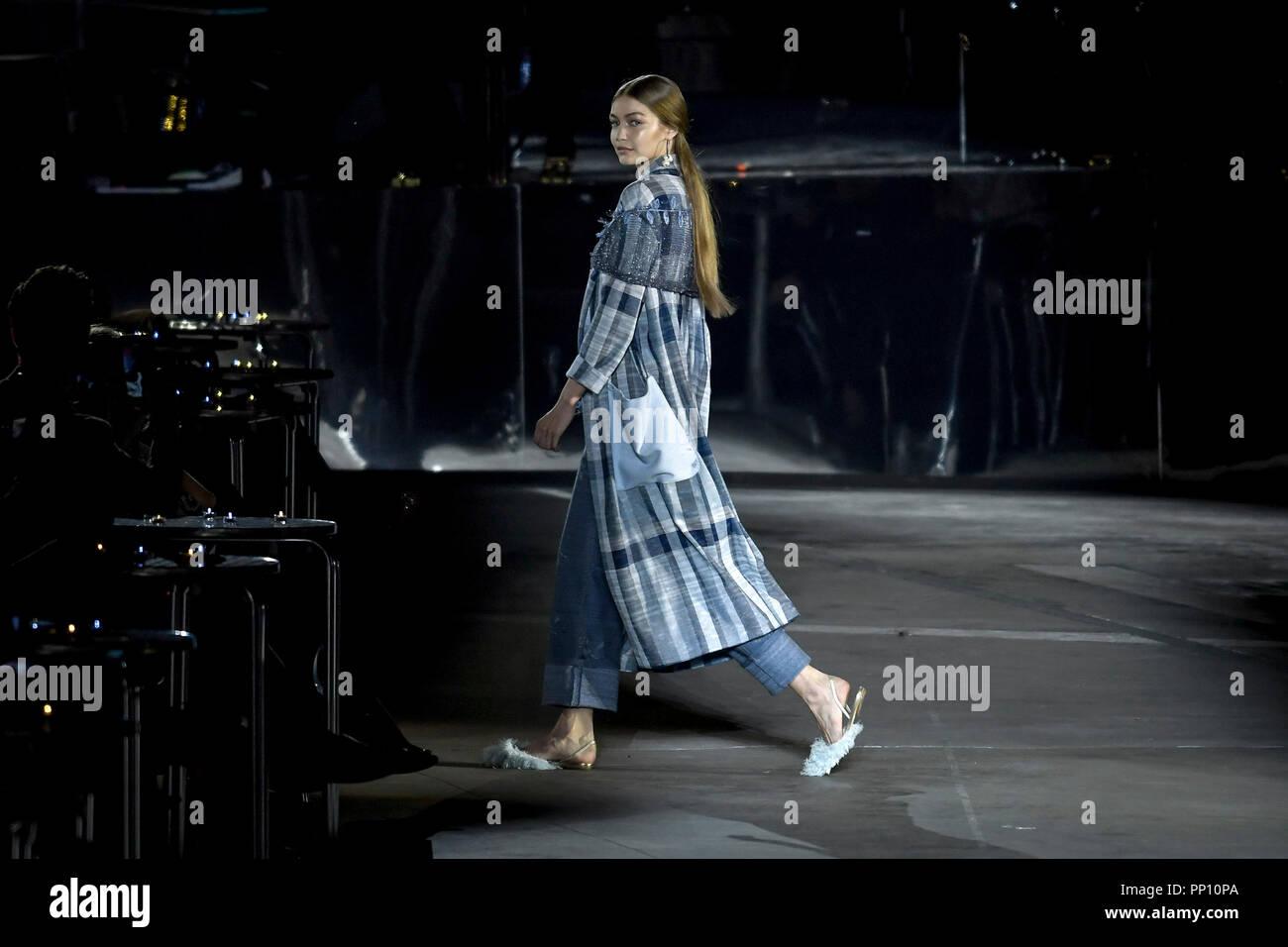 ad2ee5cab817 Milan Fashion Week Fashion Women Spring Summer 2019. Missoni fashion show  In the photo: Gigi Hadid Credit: Independent Photo Agency/Alamy Live News