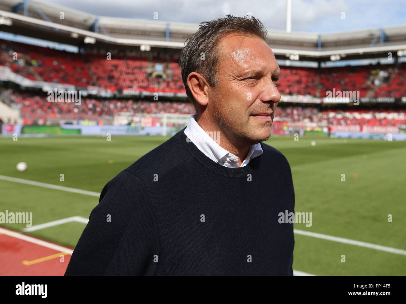 firo: 22.09.2018 Fuvuball, Football: 1.Bundesliga 1.FC Nvºrnberg - Hanover 96, coach Andre Breitenreiter, Hannover, 96, half figure, | usage worldwide Stock Photo