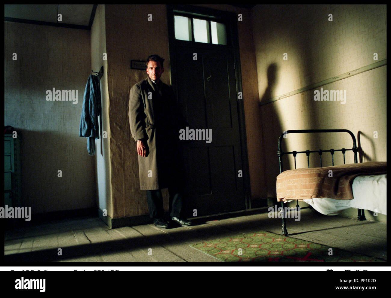 Prod DB © Grosvenor Park - CBL / DR SPIDER (SPIDER) de David Cronenberg 2002 USA avec Ralph Fiennes d'apres le roman de Patrick McGrath - Stock Image