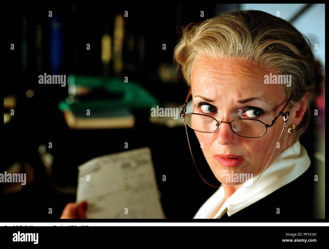 Prod DB © Grosvenor Park - CBL / DR SPIDER (SPIDER) de David Cronenberg 2002 USA avec Miranda Richardson  portrait d'apres le roman de Patrick McGrath - Stock Image