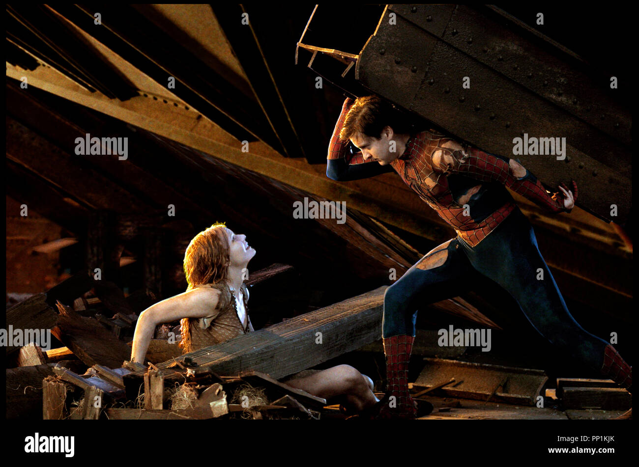 Kirsten dunst tobey maguire spider man stock photos - Et spider man ...