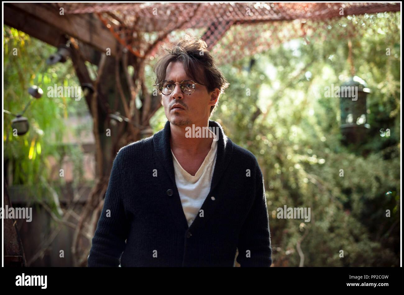Prod DB © Alcon Entertainment - DMG Entertainment - Syncopy - Straight Up Films / DR TRANSCENDANCE (TRANSCENDENCE) de Wally Pfister 2014 GB/CHIN./USA avec Johnny Depp - Stock Image