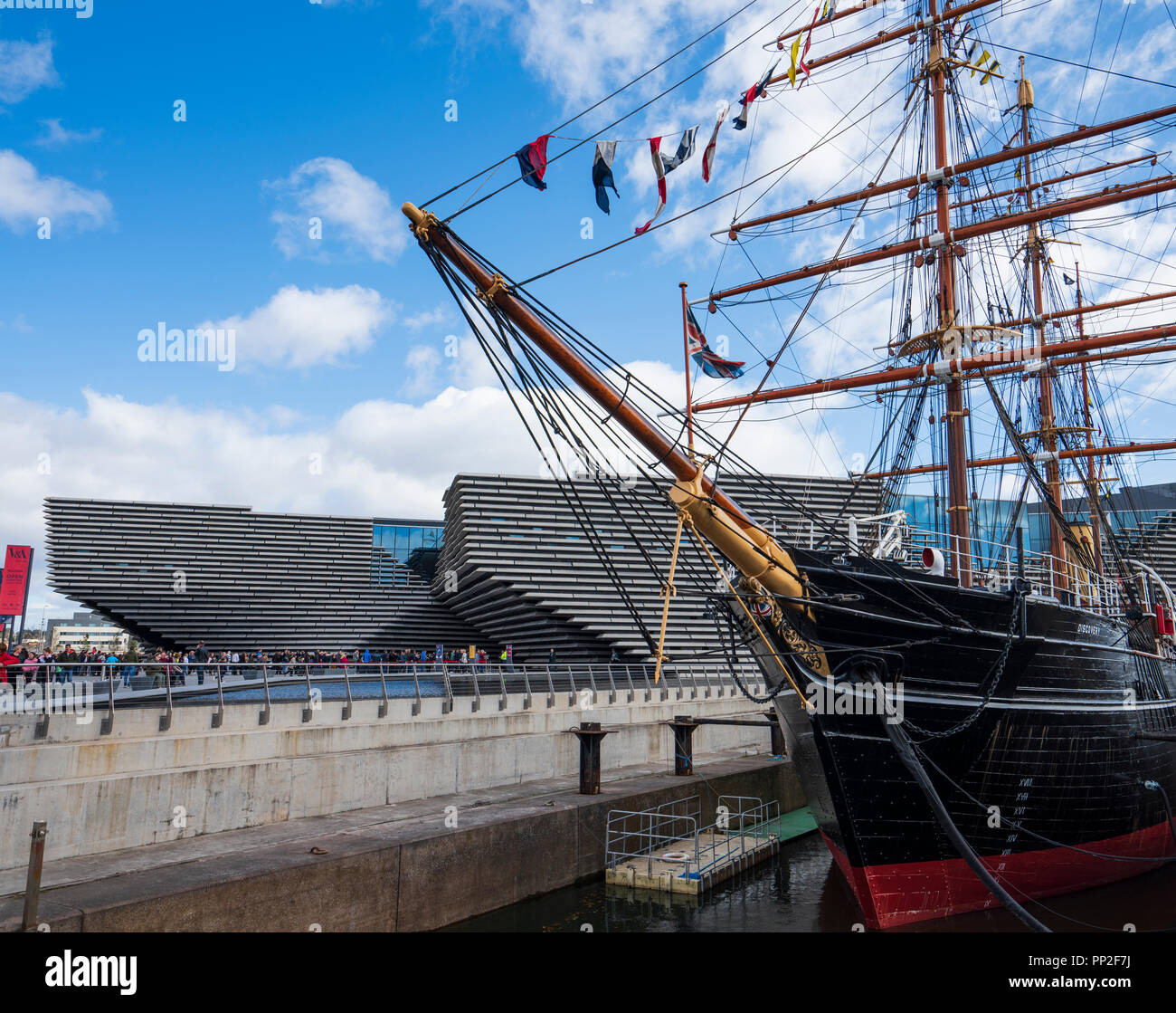 Exterior of the new V&A Museum and RRS Discovery ship at Discovery Point  on first weekend after opening in Dundee , Scotland, UK. Stock Photo