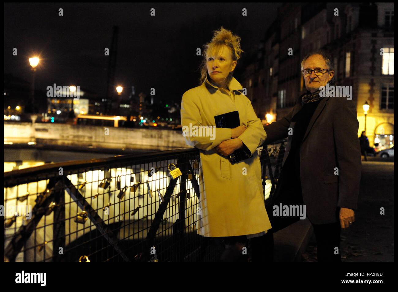 Prod DB © N. Dove - Film4 - Free Range Films - Le Bureau / DR UN WEEK-END A PARIS (LE WEEK-END) de Roger Michell 2013 GB avec Lindsay Duncan et Jim Broadbent  paris, france, pont des arts, couple age Stock Photo