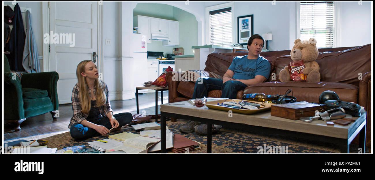 Amanda Seyfried Dr House prod db © universal - bluegrass films - fuzzy door