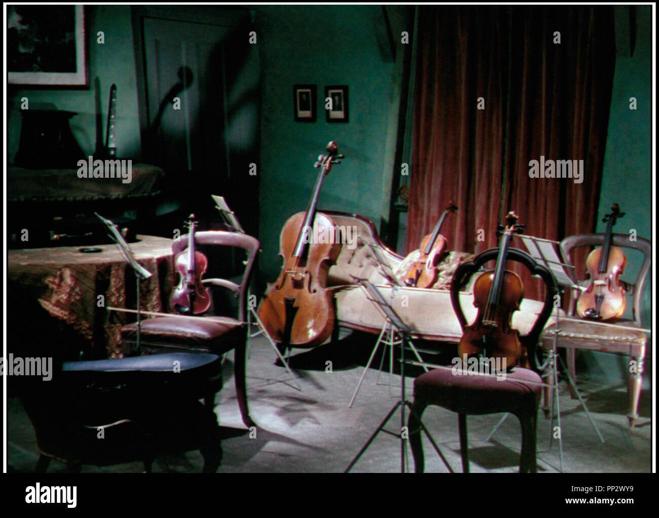 Prod DB © Rank Organisation / DR TUEURS DE DAMES (THE LADYKILLERS) de Alexander Mackendrick 1955 GB instrument de musique classique de la comedie anglaise, comedie noire - Stock Image