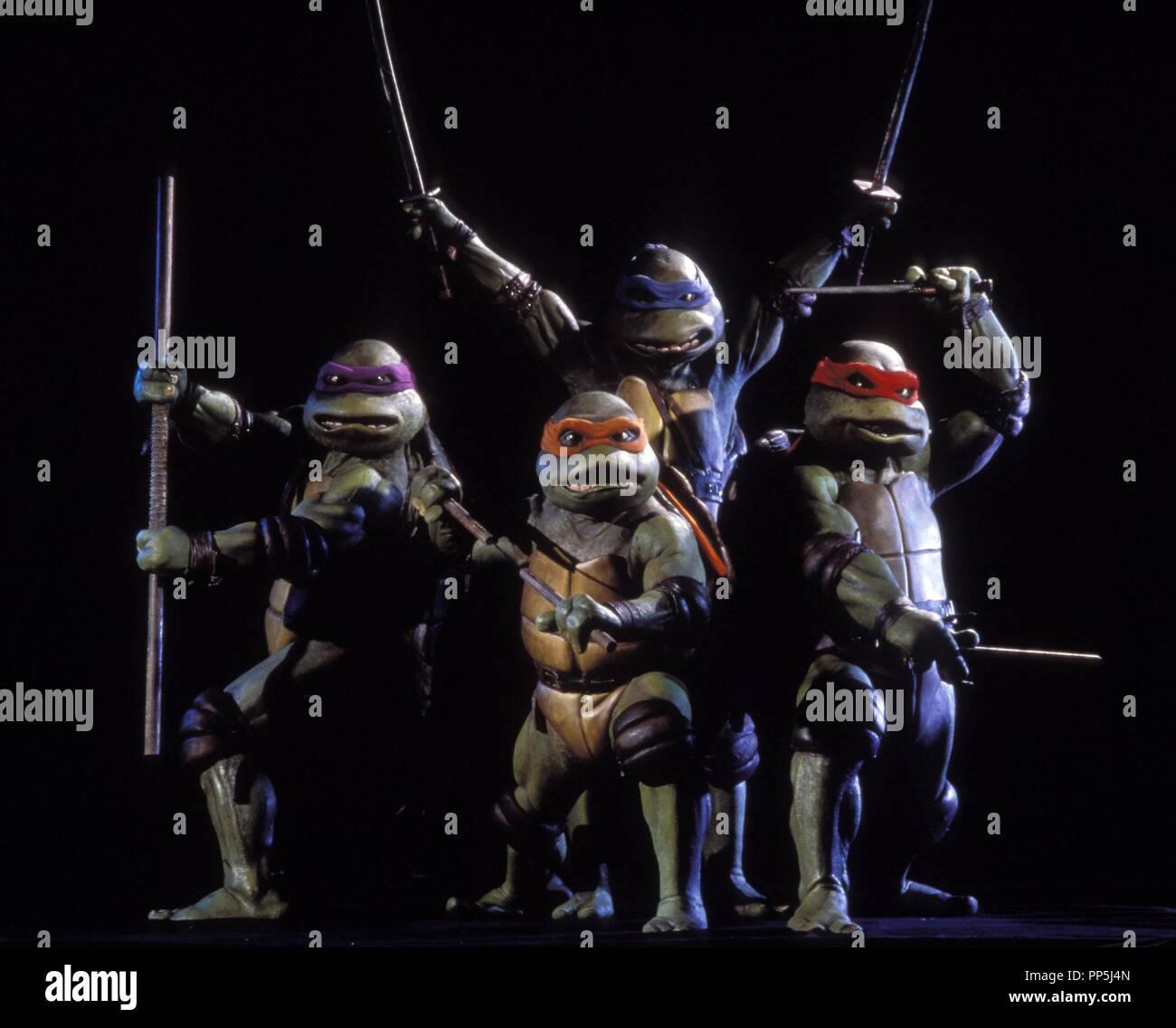 Original film title: TEENAGE MUTANT NINJA TURTLES. English title: TEENAGE MUTANT NINJA TURTLES. Year: 1990. Director: STEVE BARRON. Credit: NEW LINE CINEMA / Album - Stock Image