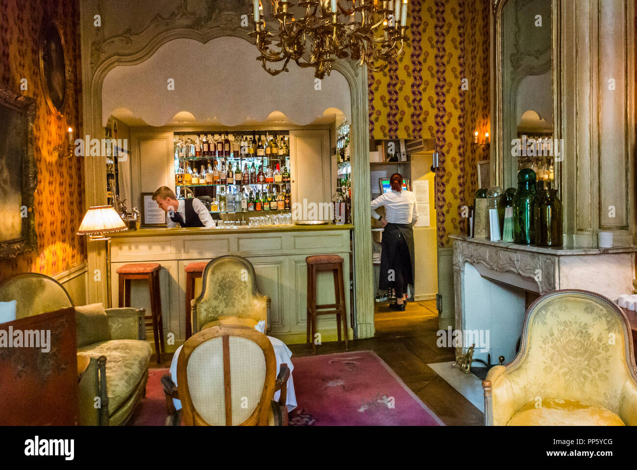 Avignon France Inside French Cafe Restaurant La Mirande Luxury Design Interior Stock Photo Alamy
