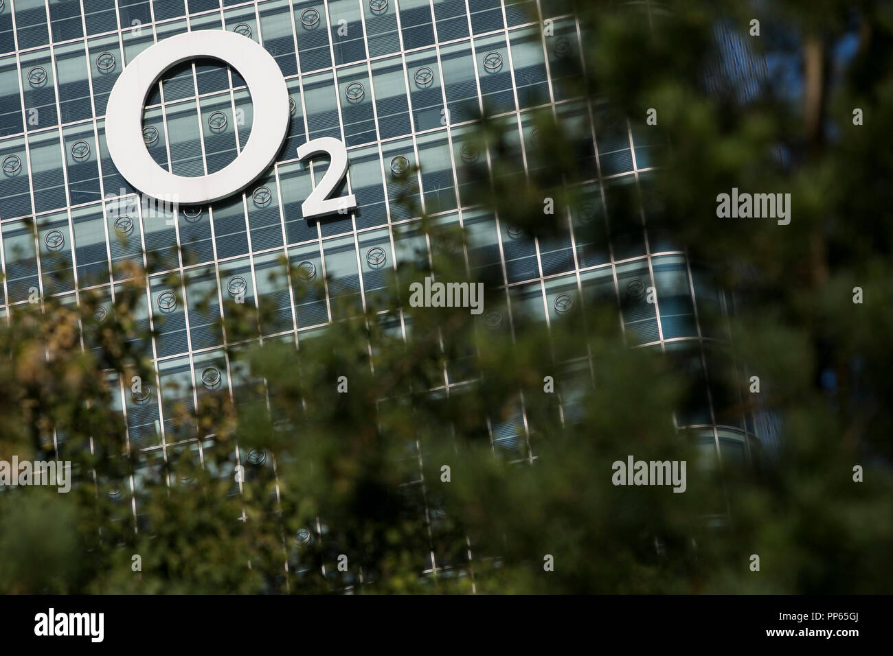 A logo sign outside of a facility occupied by Telefónica Europe (O2) in Munich, Germany, on September 8, 2018. - Stock Image