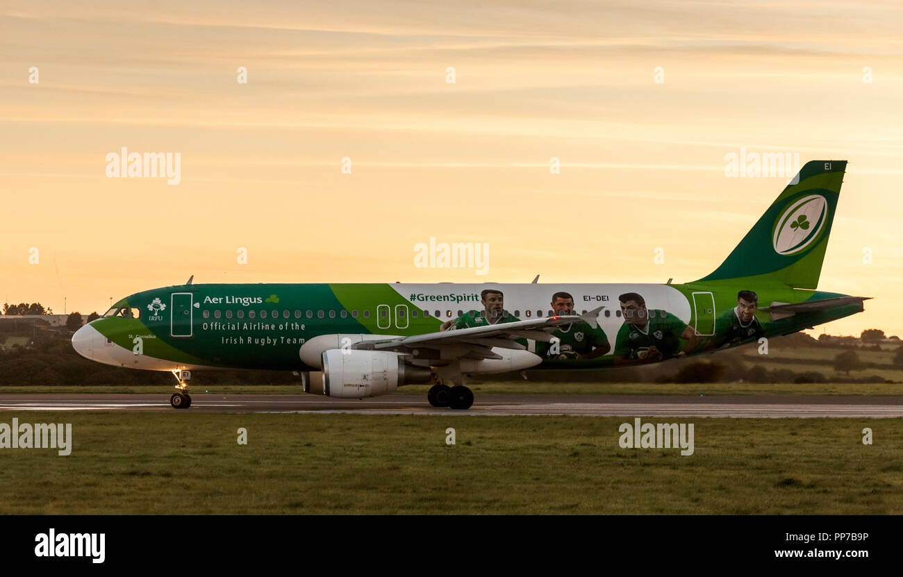 Cork Airport, Cork, Ireland. 24th September, 2018. Aer Lingus Airbus A320 in the livery of Irish Rugby taxiing on runway 16/34  prior to takeoff for Heathrow, London at Cork Airport, Ireland. Credit: David Creedon/Alamy Live News - Stock Image