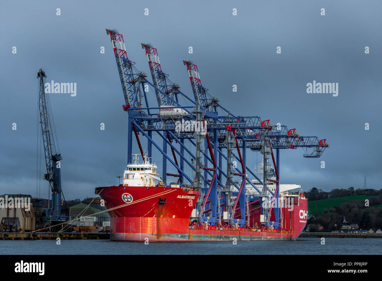 Ringaskiddy, Cork, Ireland. 04th March, 2017. The semi-submersible heavy lift vessel Albratross now berthed at Rinaskiddy Deep Water Berth loaded with - Stock Image