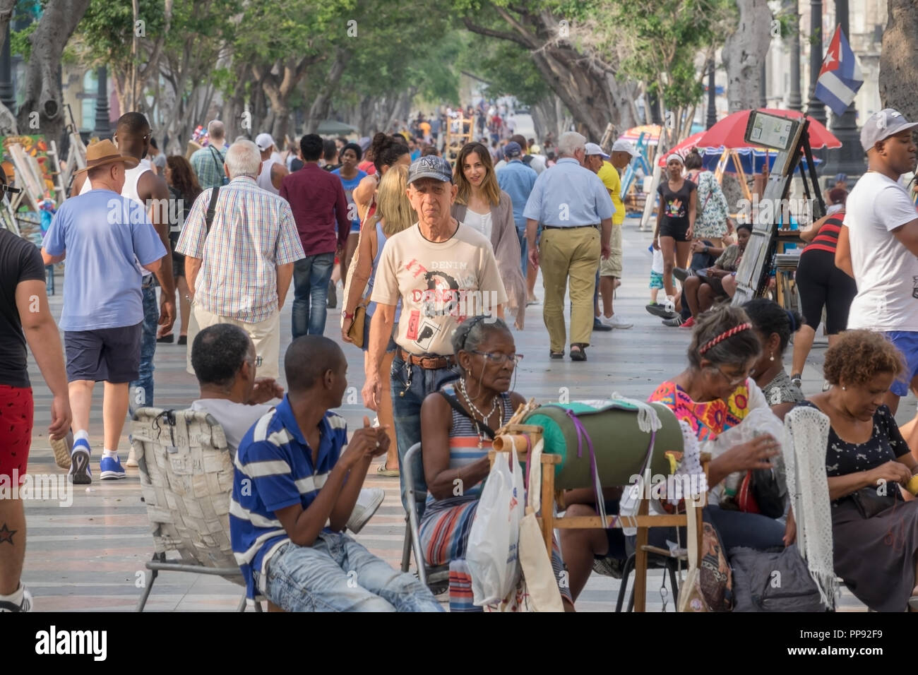 CUB, Kuba, Havanna, 18.03.2018, Havanna Künstlermarkt auf der  Paseo del Prado  Paseo de Martí  [2018 Christoph Hermann] Stock Photo
