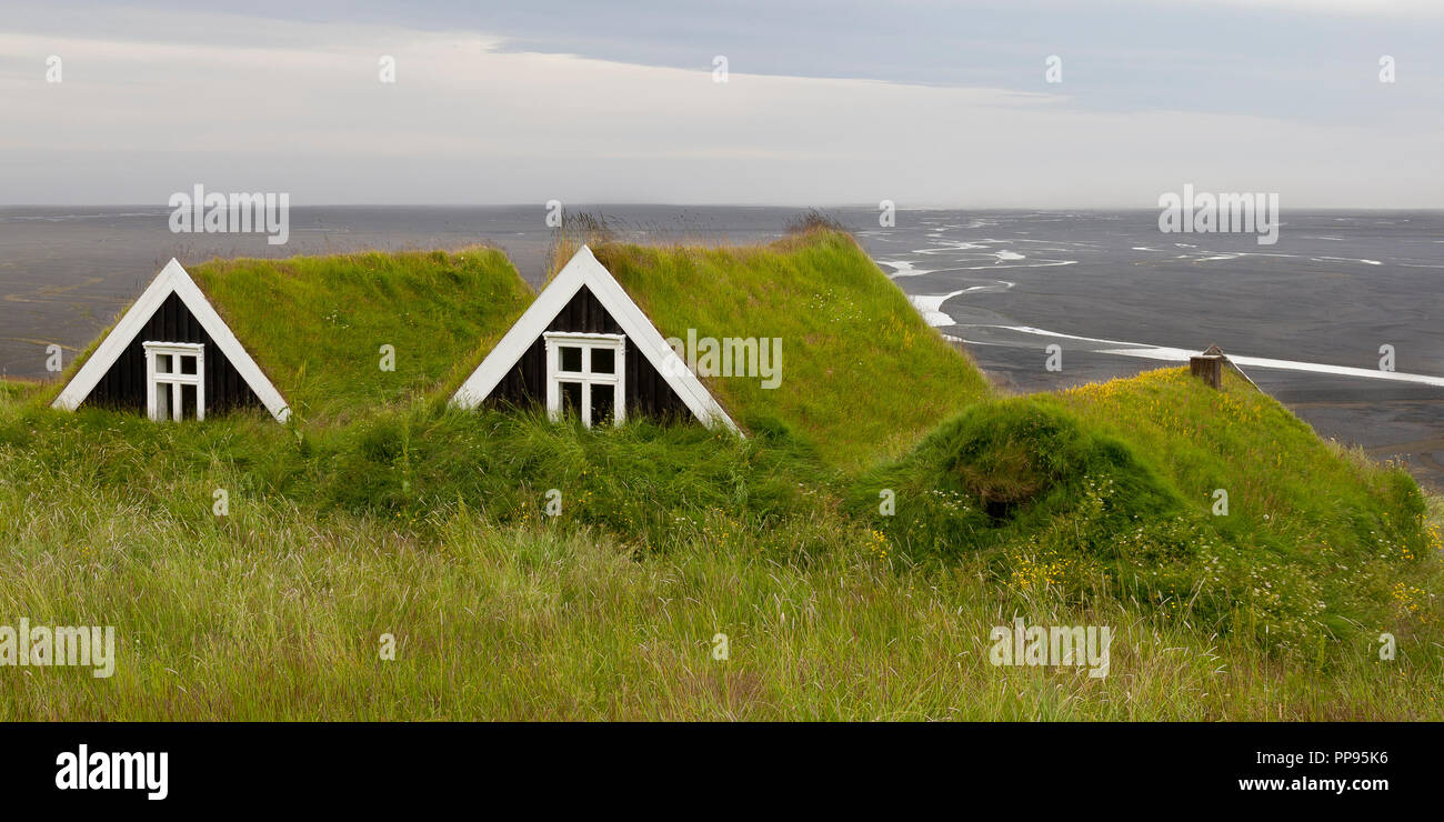 Marvelous Ancient Houses With Grass Roof In Iceland Overlooking A Download Free Architecture Designs Xoliawazosbritishbridgeorg