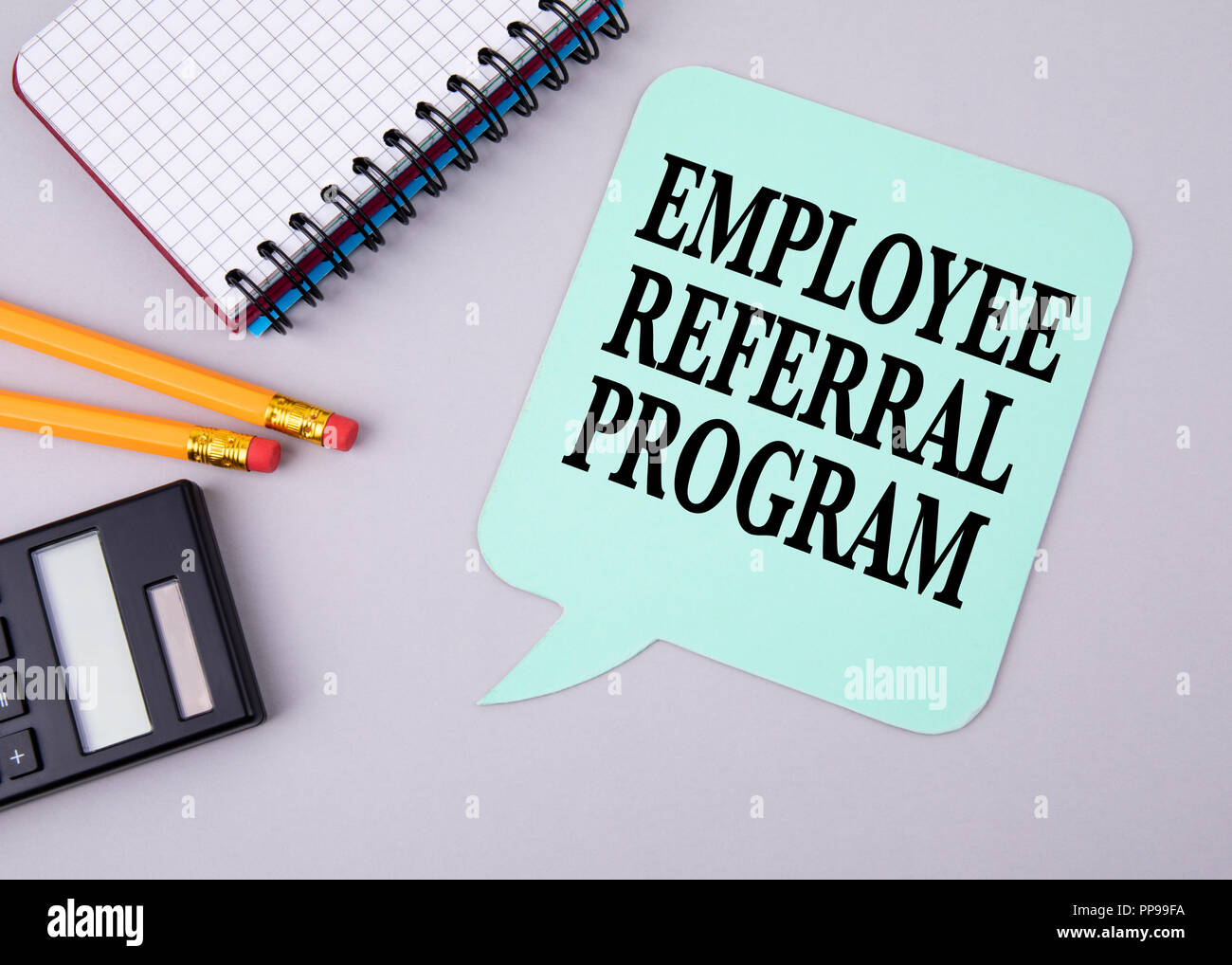 Employee Referral Program. Paper speech bubble - Stock Image