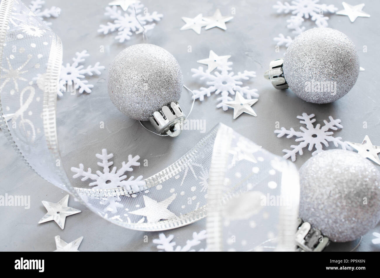 Silver decorations xmas decoration stock photos & silver decorations