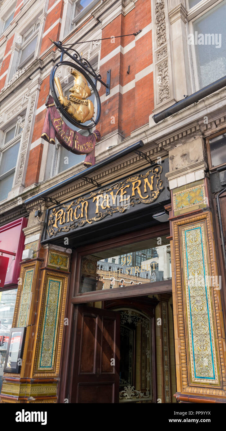 The Punch Tavern, a Grade II listed public house at 98–100 Fleet Street, Holborn, London - Stock Image