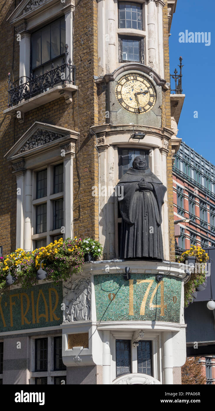 The Black Friar is a Grade II listed public house on Queen Victoria Street in Blackfriars, London. Stock Photo
