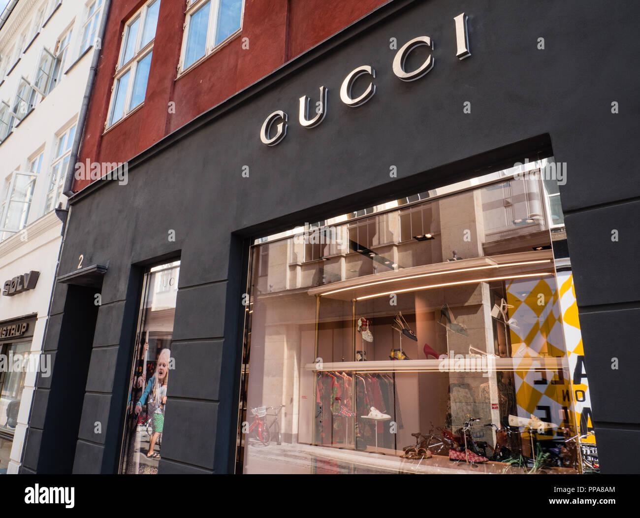 b5225489dd9 Gucci Store