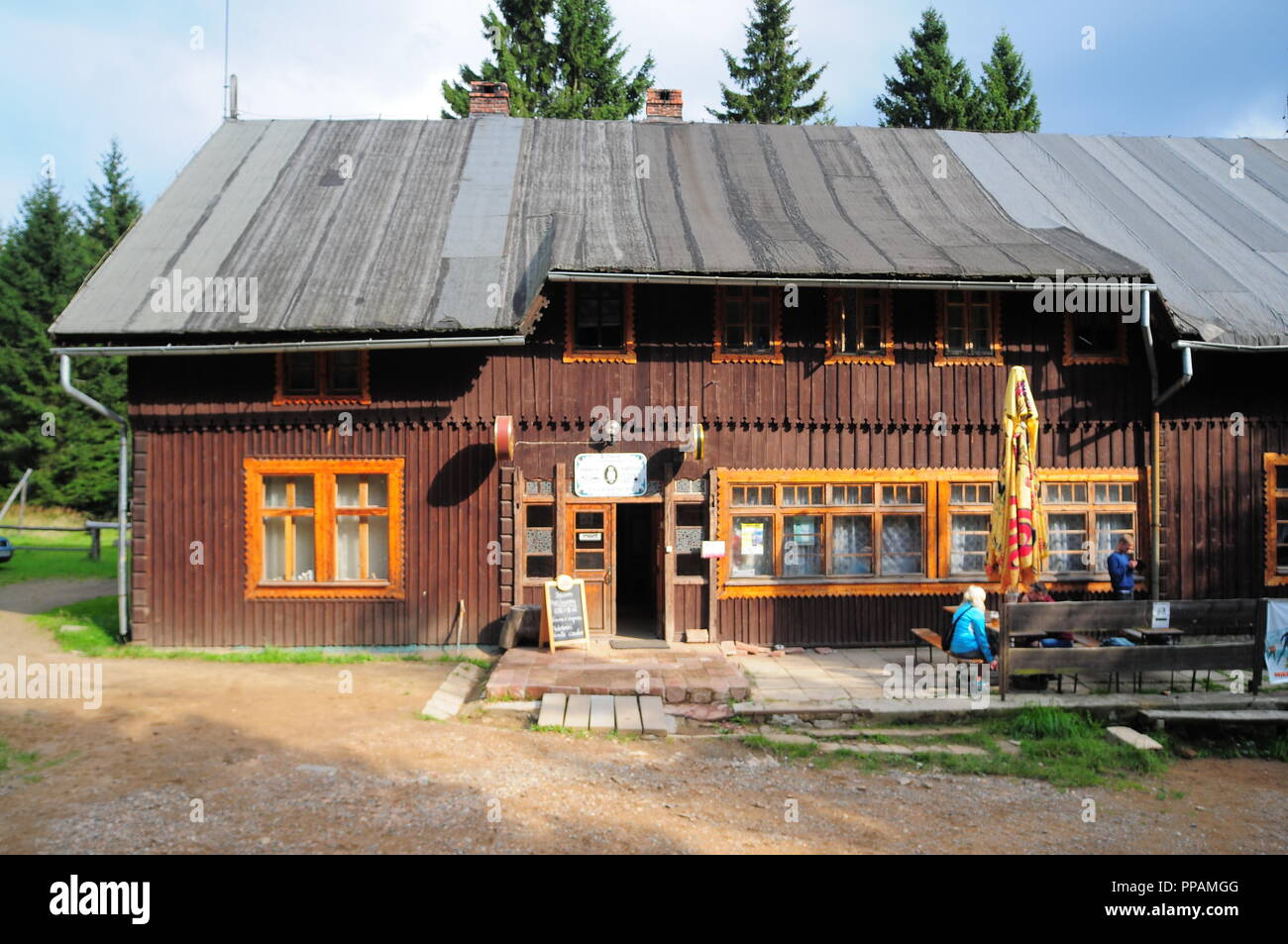 """Mountain shelter """"Sowa"""" in Góry Sowie (Owl Mountains)(Eulengebirge) Poland 2018 Stock Photo"""