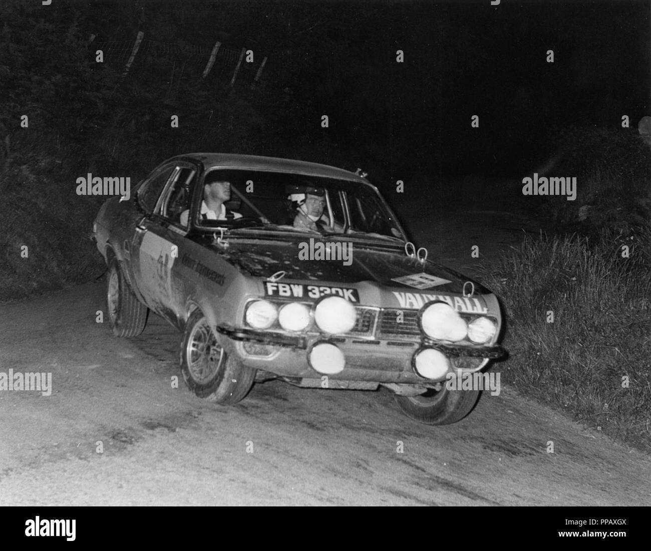 Vauxhall Firenza, Barrie Williams/Don Barrow 1972 Peak Revs rally Stock Photo