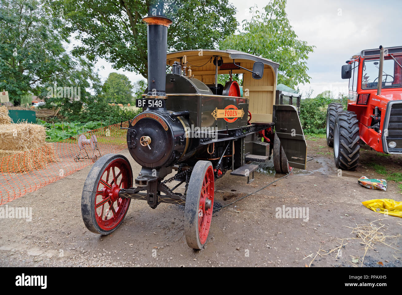 1907 Foden Steam Wagon named Isabella - Stock Image