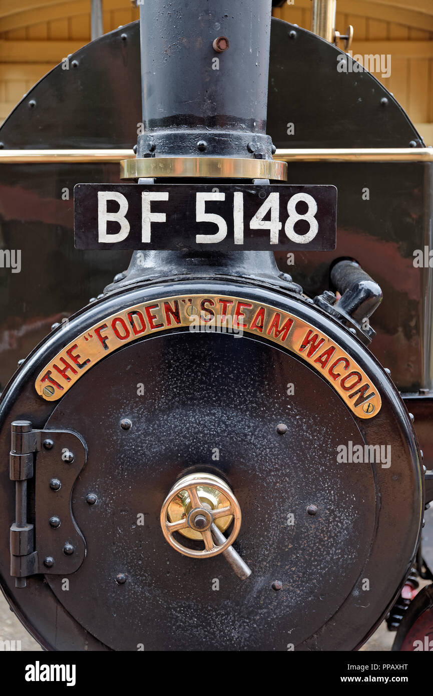 1907 Foden Steam Wagon named Isabella - front detail - Stock Image