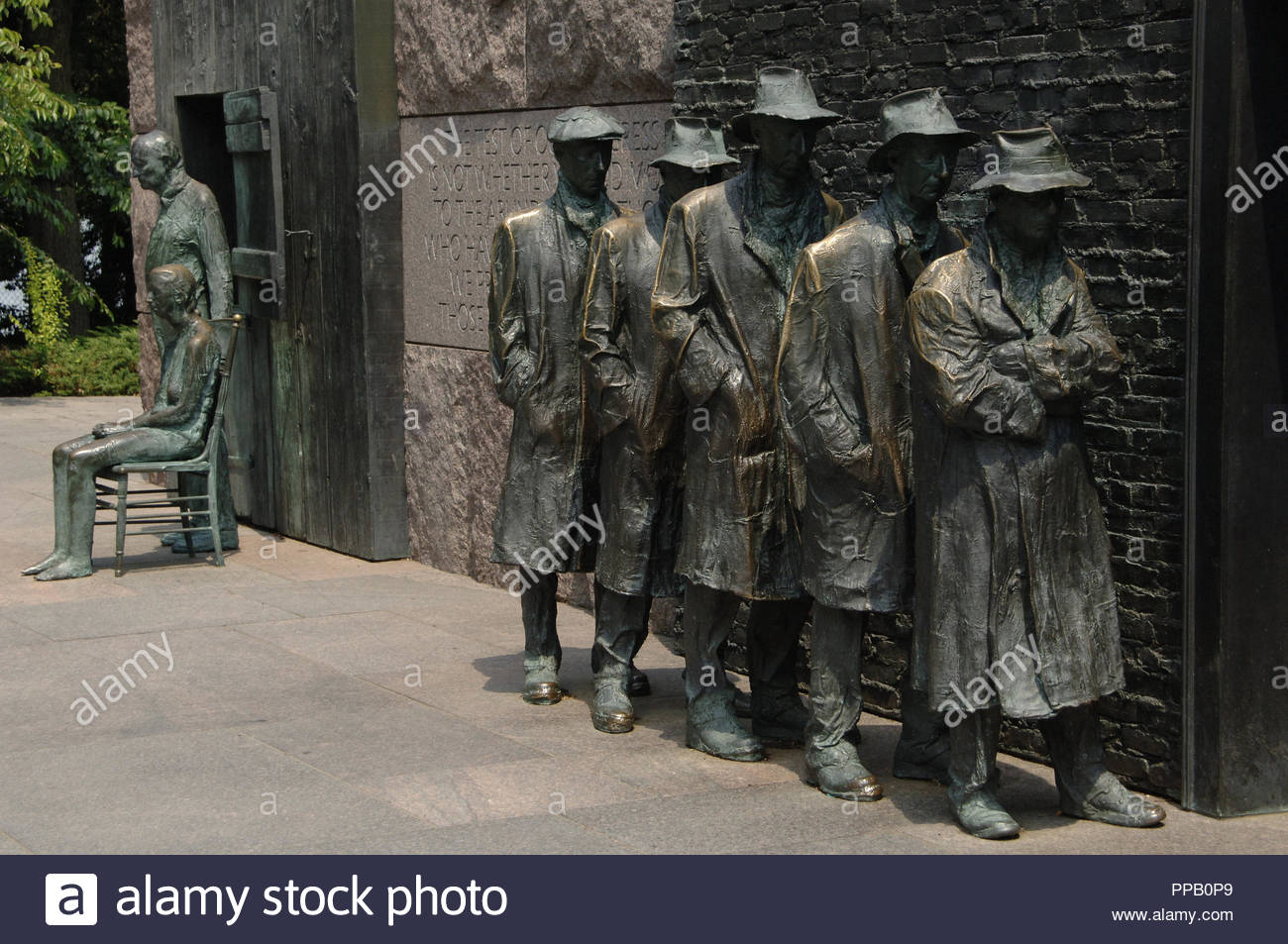 Franklin Delano Roosevelt Memorial. Bronze statues that depict the Great Depression. Waiting in a bread line by George Segal. Washington D.C. United States. - Stock Image